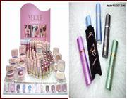 Оптово-розничная торговля парфюмерно-косметической продукцией